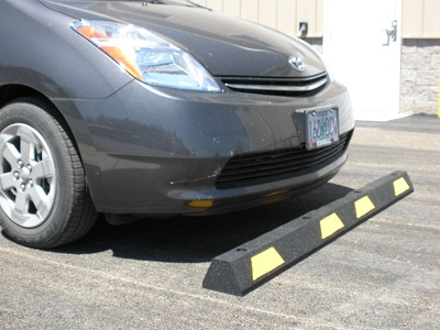 Rubber-Car-Stop-Black_Yellow-Stripe